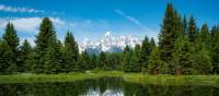 Discover the glorious alpine scenery of Gran Teton National Park on foot | ©VisittheUSA.com