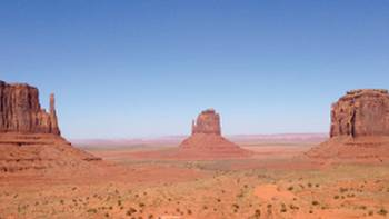 Sandstone buttes of Monument Valley at the Arizona-Utah state line | Nathaniel Wynne