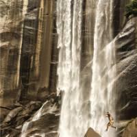 Hiking through Yosemite National Park | Sean Menere